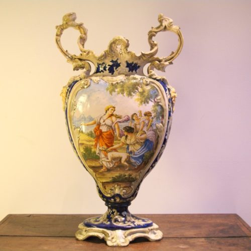 Grande vaso in maiolica dipinta